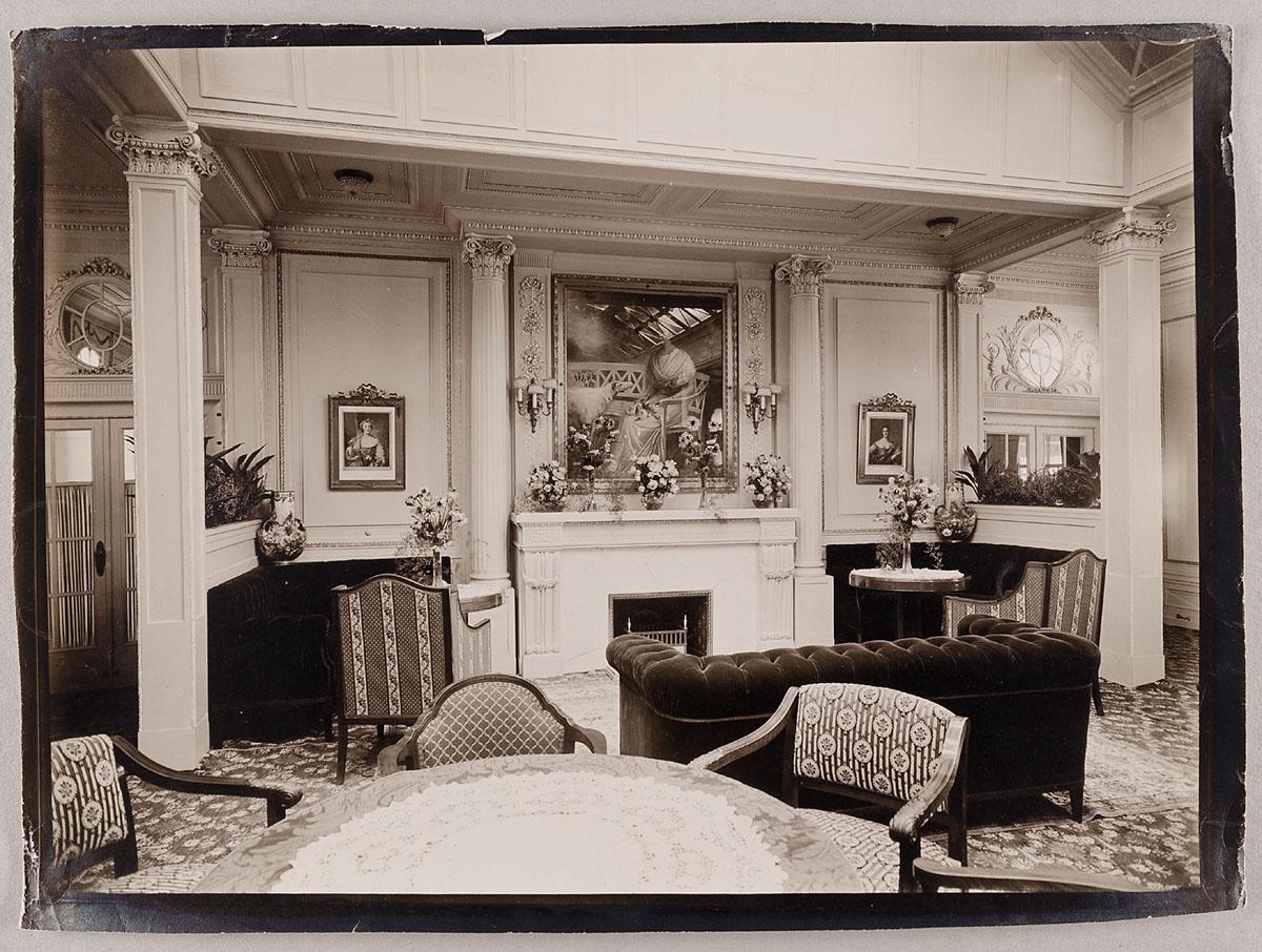 MKG Collection Online | Heinrich Hamann, Atelier J. Hamann, Johann ...